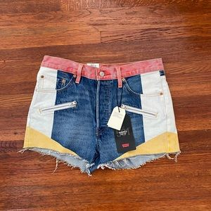 Brand New Levi's Colorblock Mom Shorts
